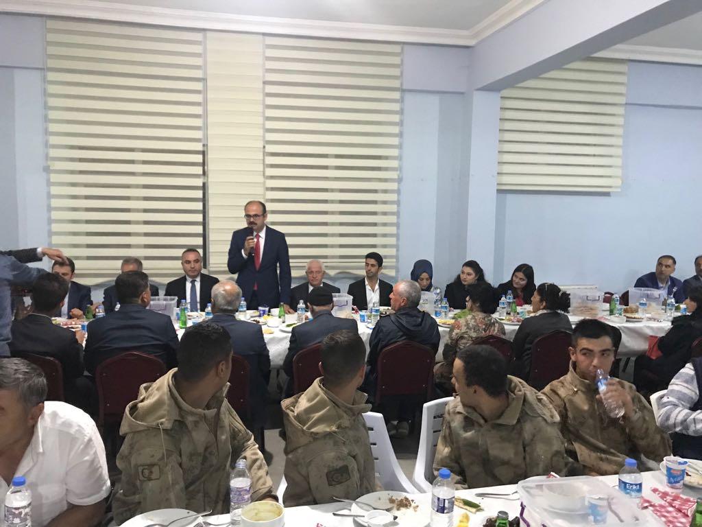 Kaymakamımız Sayın ERDEM Şehit Aileleri ve Gaziler ile İftar Yemeğinde Buluştu